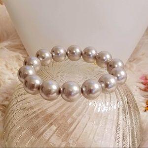 Vintage Soft Gray Large Pearl Stretch Bracelet